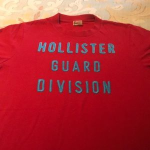 Hollister soft cotton S/S tee shirt in size medium